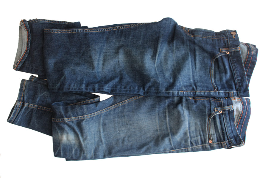 raw denim jeans cleaned by machine wash compared to unwashed